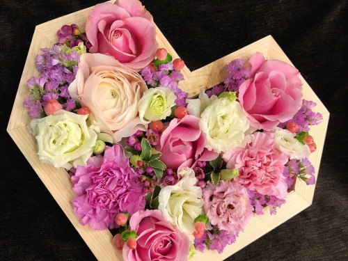 Нежное Сердце из цветов