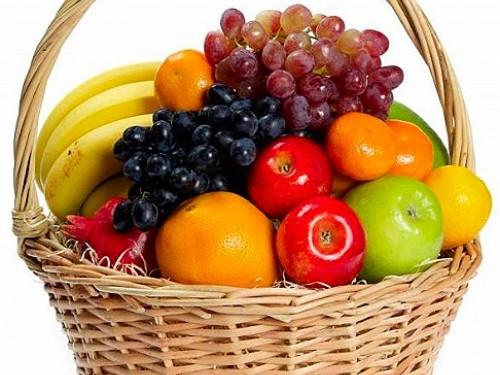 Корзина фруктов средняя